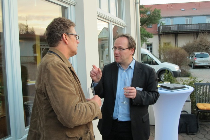 Paul Jepson and Klement Tockner in discussion