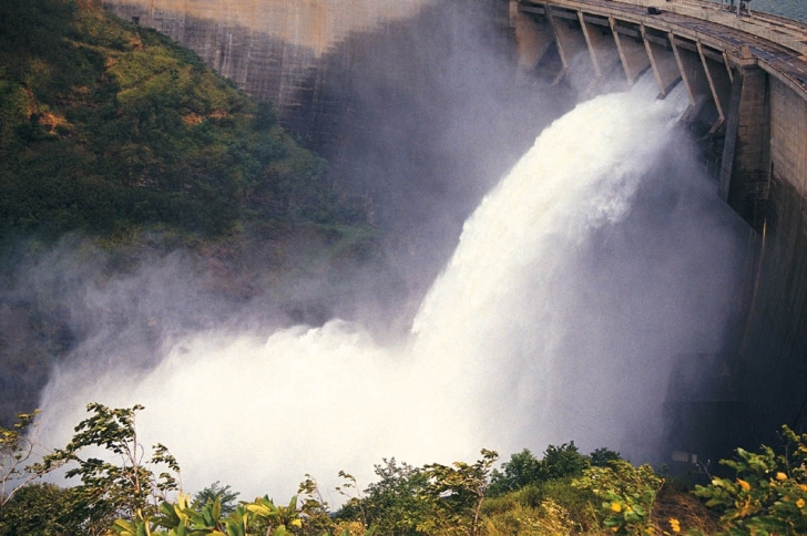 Hydropower water release.  Image: Global Water Partnership, Flickr