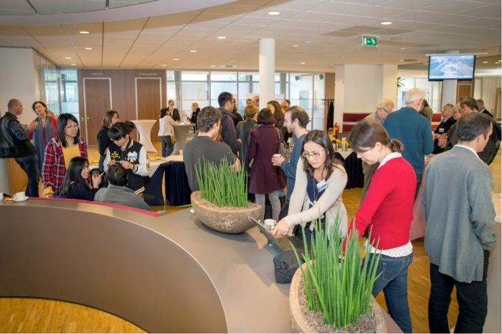 Networking at the SOLUTIONS GA in Delft. Also lunch and coffee breaks were strongly used for exchange of thoughts and ideas. Image Deltares
