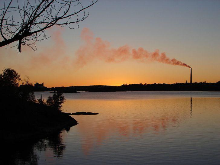 1200px-Sudbury_sunset